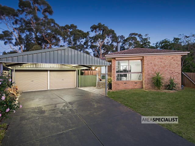 5 Lawrence Court, Cranbourne North, Vic 3977