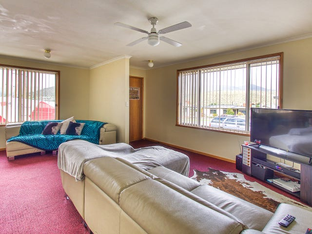 Unit 1/2 Benjamin Terrace, New Norfolk, Tas 7140