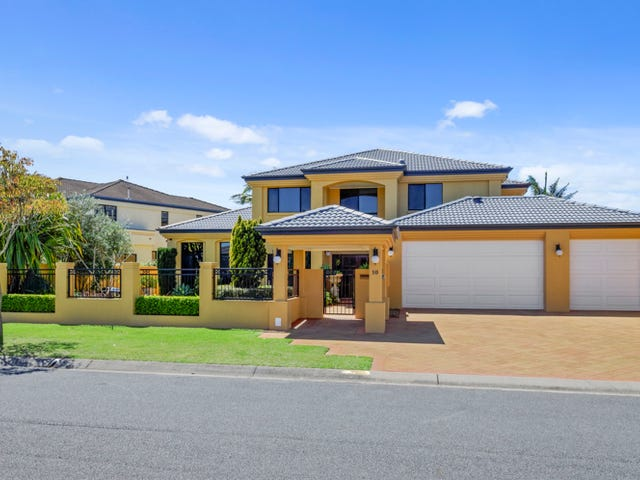 10 Bollard Circuit, Clear Island Waters, Qld 4226
