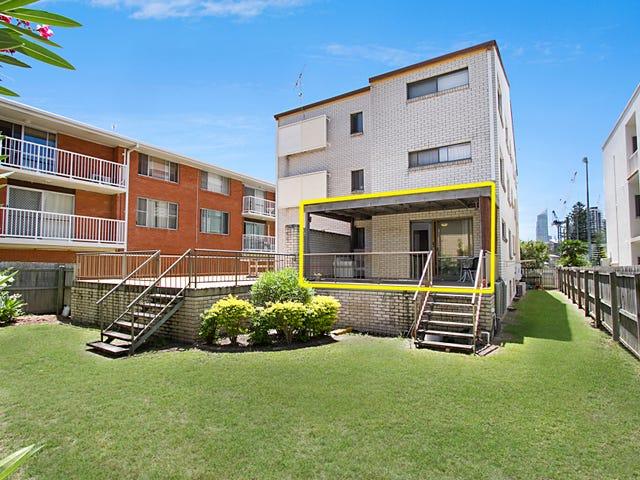 1 'Parkdale Apartments' 12 Chelsea Avenue, Broadbeach, Qld 4218