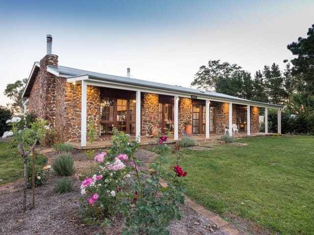 724 Caoura Road, Tallong, NSW 2579