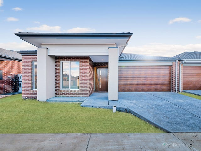 21 Ritchie Drive, Clyde North, Vic 3978