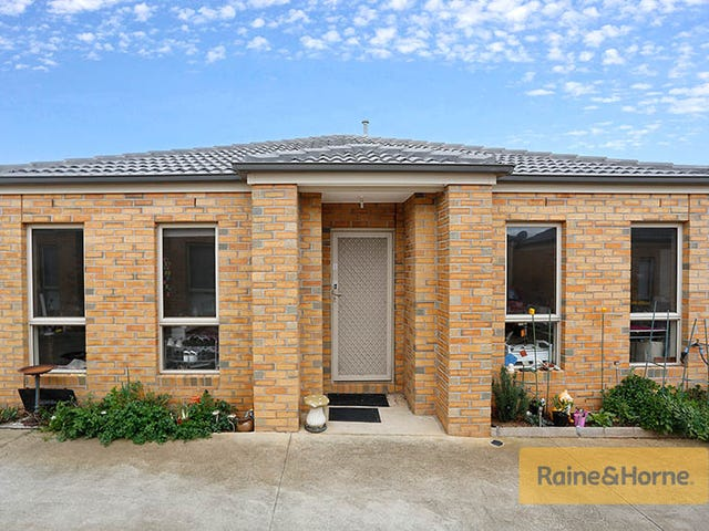 11/4 Black Knight Way, Kurunjang, Vic 3337