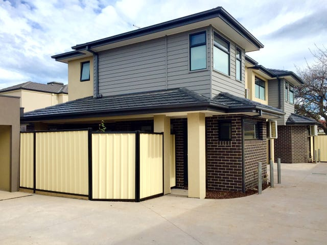 2 /3 Scott Avenue, St Albans, Vic 3021