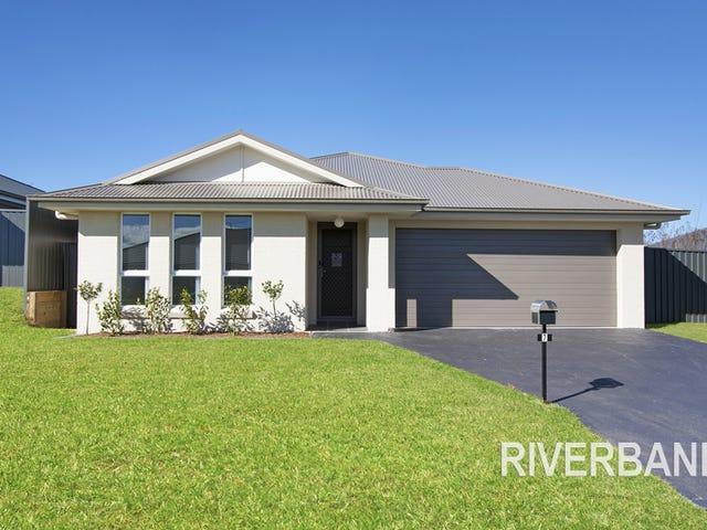 7 Brunero Street, Elderslie, NSW 2570
