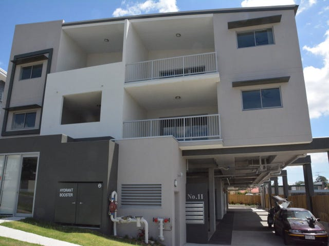 8/11 Gordon Parade, Everton Park, Qld 4053