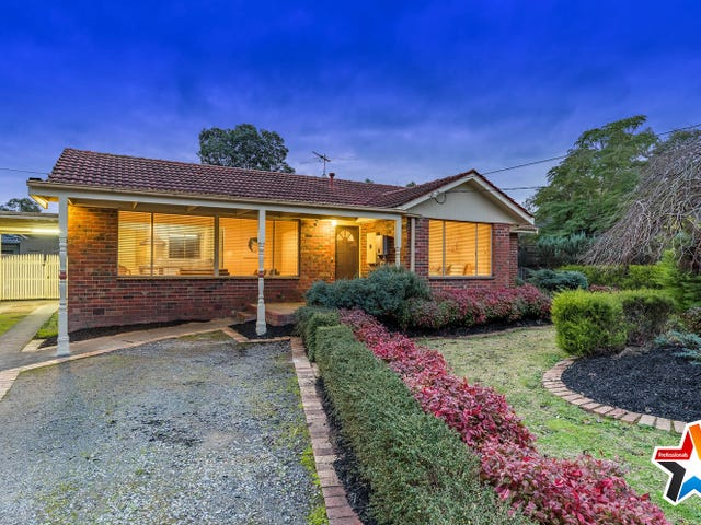 65 Greenslopes Drive, Mooroolbark, Vic 3138