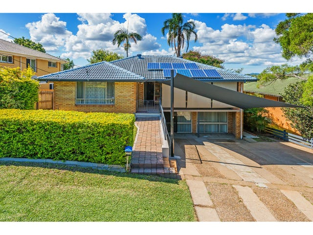15 Cresthaven  Drive, Mansfield, Qld 4122
