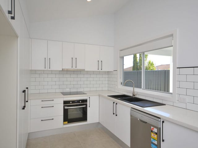 211a Ocean Beach Road, Woy Woy, NSW 2256