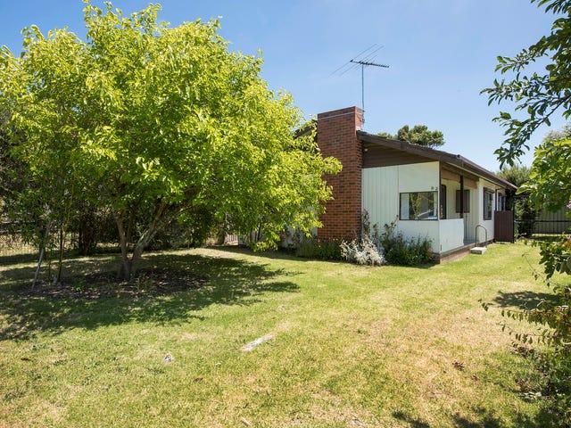 82 Warranilla Avenue, Rosebud, Vic 3939