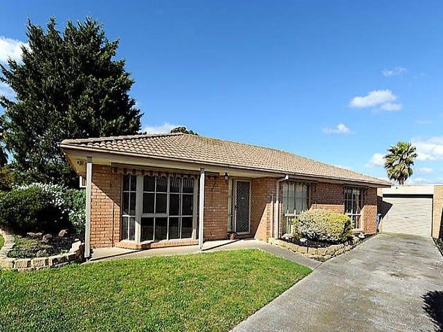 13 Phelan Drive, Cranbourne North, Vic 3977