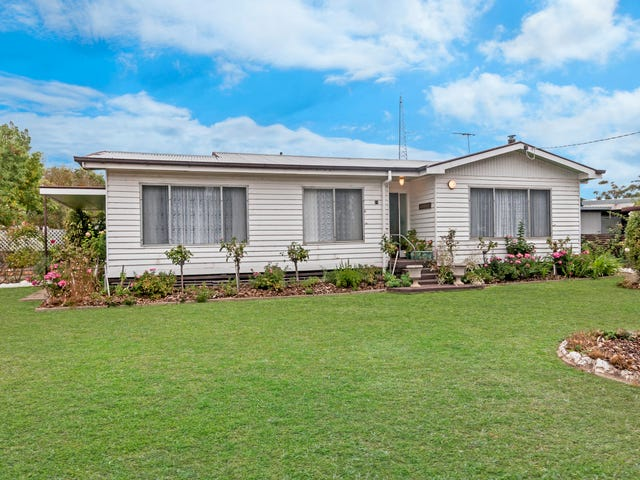 11 Memorial Road, Glenthompson, Vic 3293