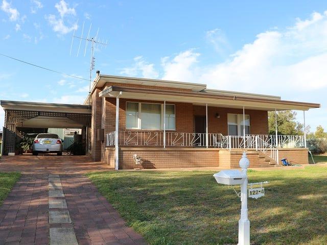 122-124 Victoria Street, Parkes, NSW 2870