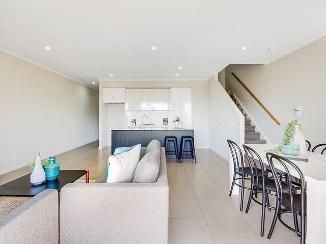 2/110 The Strand, Mawson Lakes, SA 5095