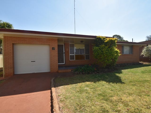 27 Friend Street, Harristown, Qld 4350