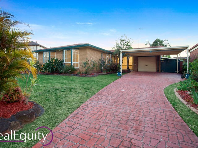 4 Derby Crescent, Chipping Norton, NSW 2170