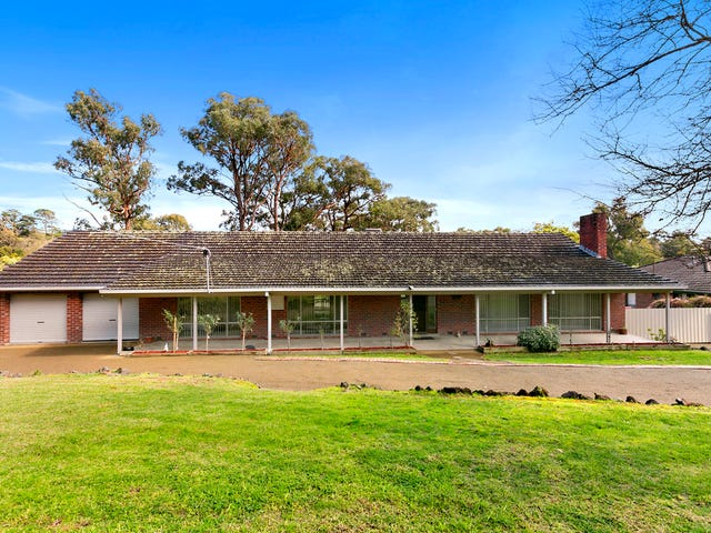 27-29 The Crescent, Mount Evelyn, Vic 3796