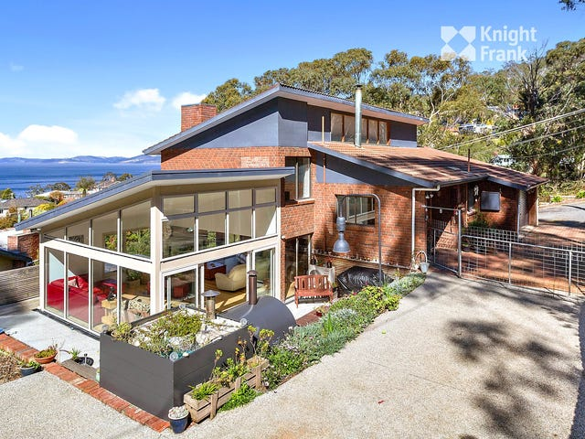 17 Churchill Road, Taroona, Tas 7053