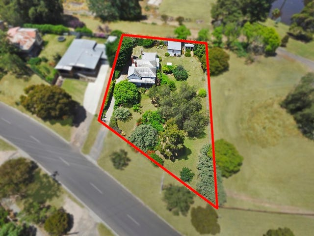 90 Booth Street, Golden Square, Vic 3555