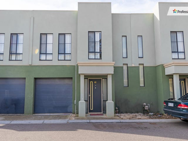14/62 Andrew Street, Melton South, Vic 3338