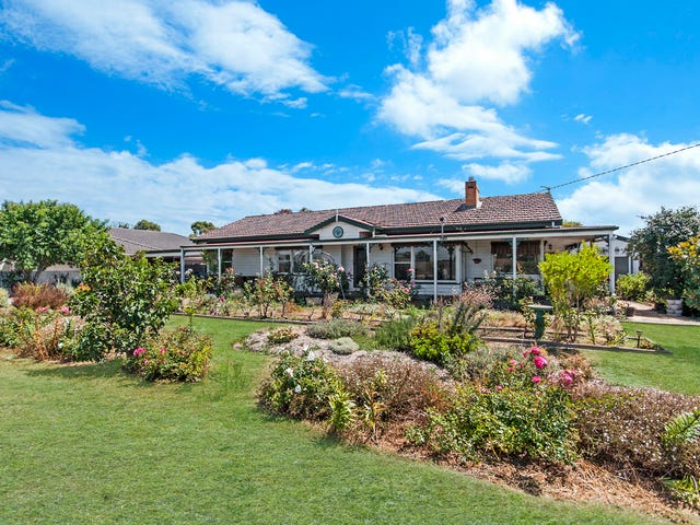 703 Koroit-Port Fairy Road, Koroit, Vic 3282