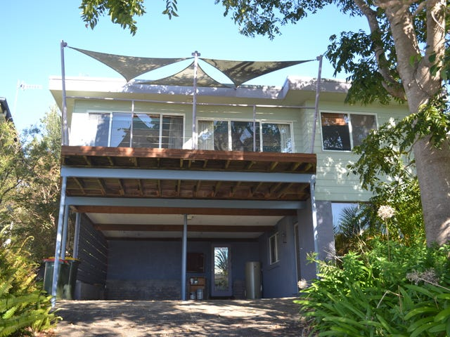 9 North East Place, Mollymook, NSW 2539