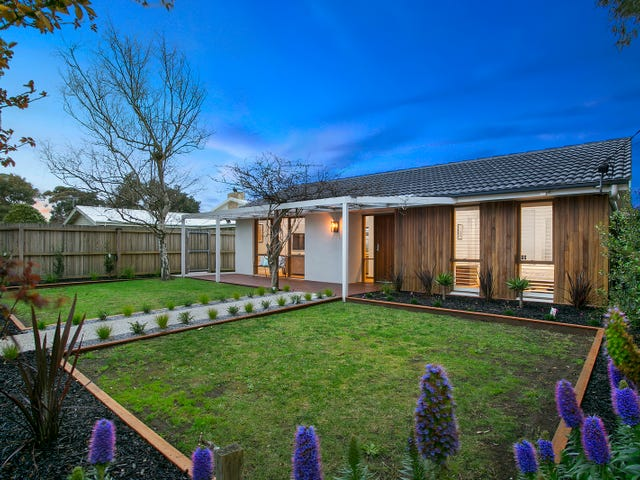 1/10 Pico Avenue, Point Lonsdale, Vic 3225