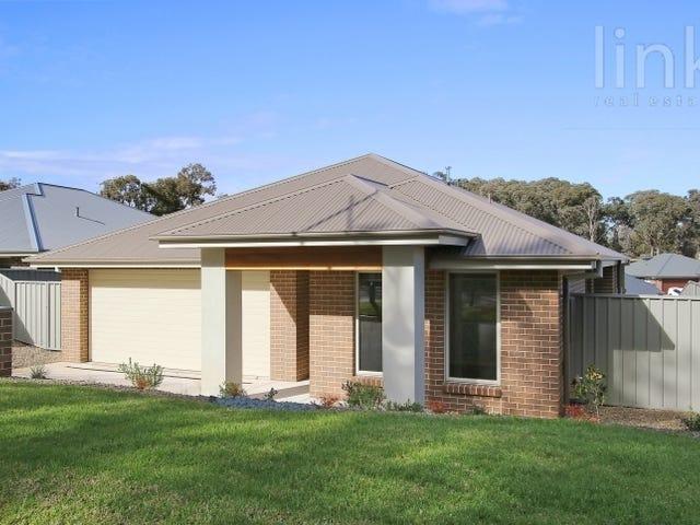 22 Blakleys Circuit, Thurgoona, NSW 2640