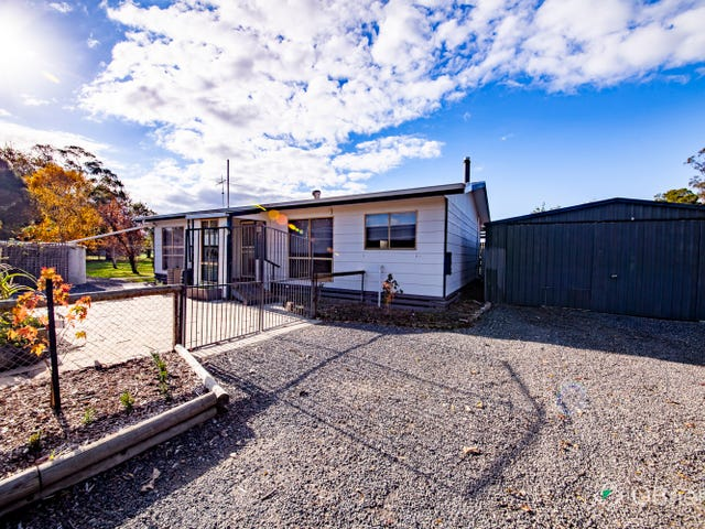 685 Clifton Road, Athlone, Vic 3818