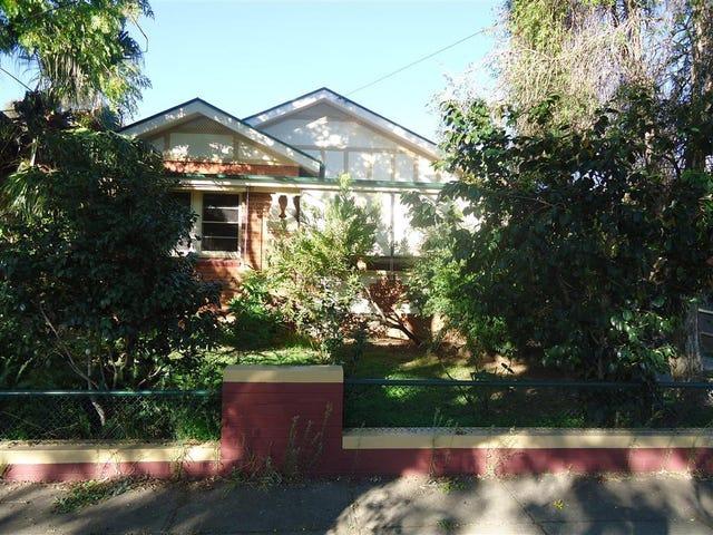 23 Trevor St, Turvey Park, NSW 2650