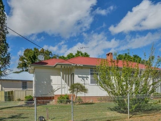 UNIT/12 Thompson Crescent, Tamworth, NSW 2340