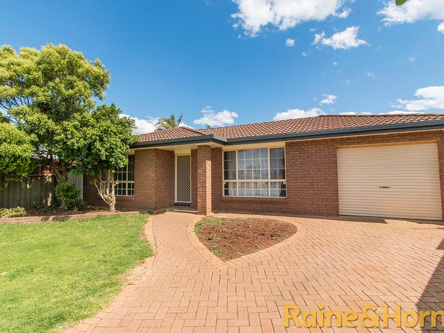 18 John Glen Place, Dubbo, NSW 2830