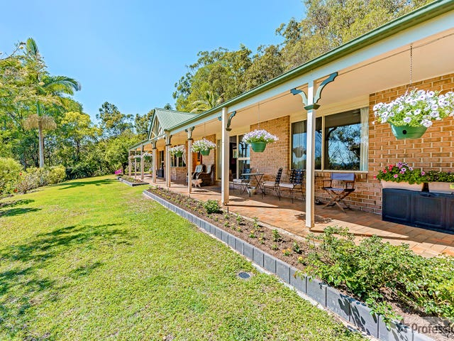 13 Magnolia Lane, Bonogin, Qld 4213