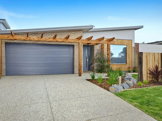 132 Powell Street East, Ocean Grove, Vic 3226