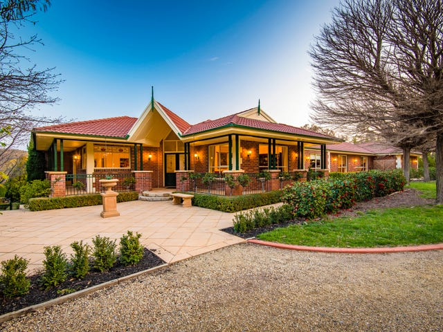 9 Birdwood Place, Queanbeyan East, NSW 2620