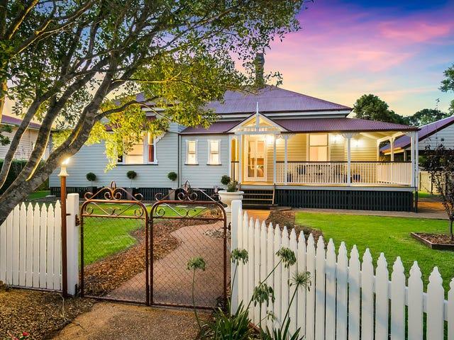 25 Phillip Street, East Toowoomba, Qld 4350
