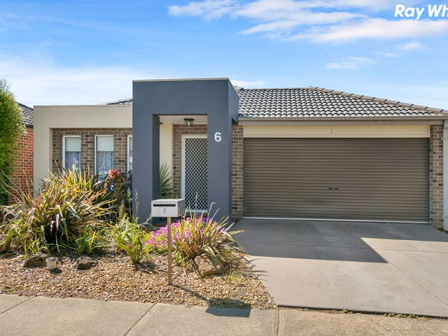 6 Wonboyn Close, Pakenham, Vic 3810