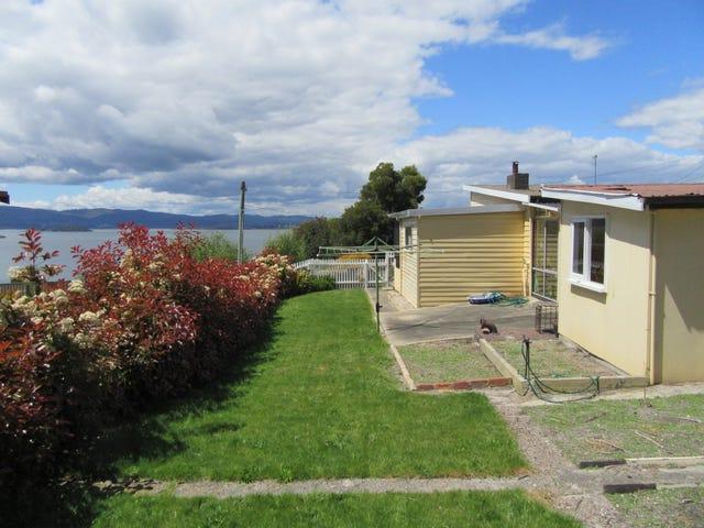 9 Clarke Street, Beauty Point, Tas 7270