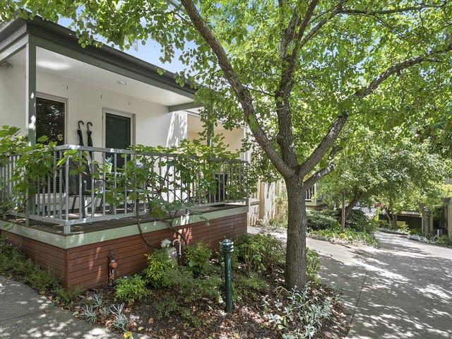 Villa 2/11  Camp Street, Daylesford, Vic 3460