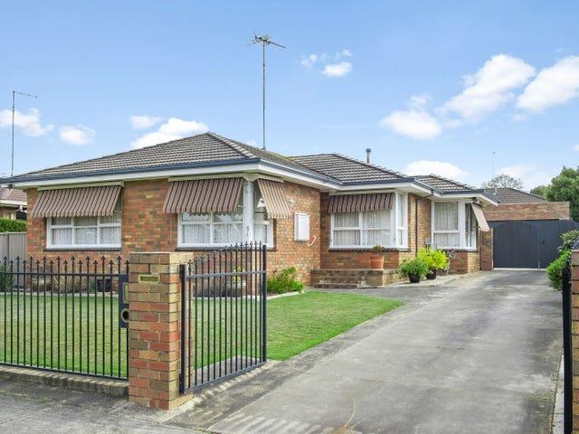5 Malmesbury Street, Wendouree, Vic 3355