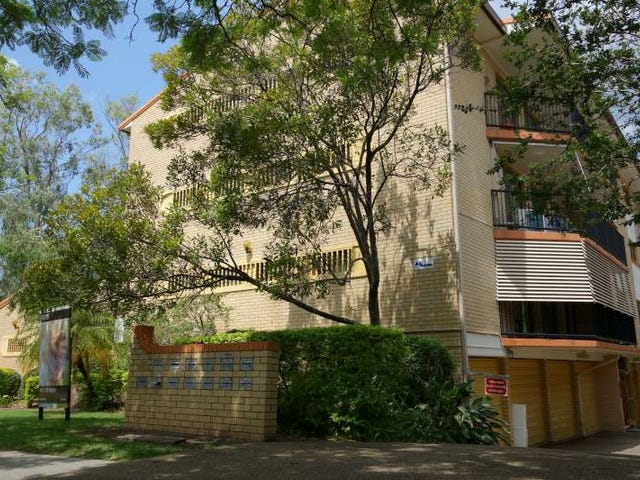 1/116 Clarence Road, Indooroopilly, Qld 4068