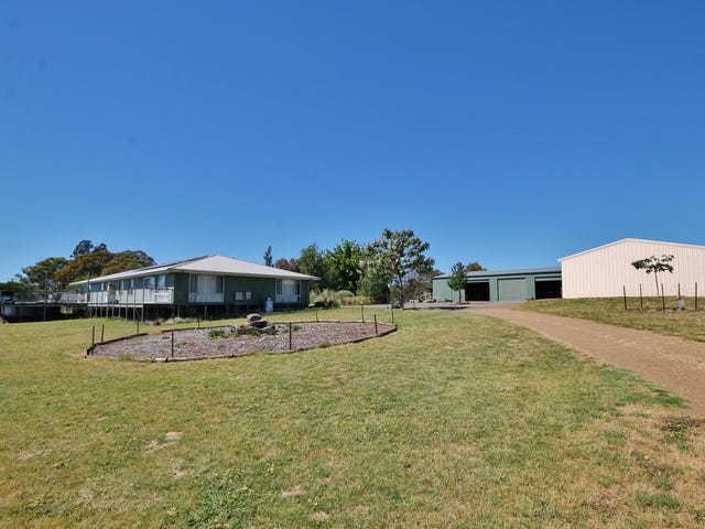 69 Noonans Road, Young, NSW 2594