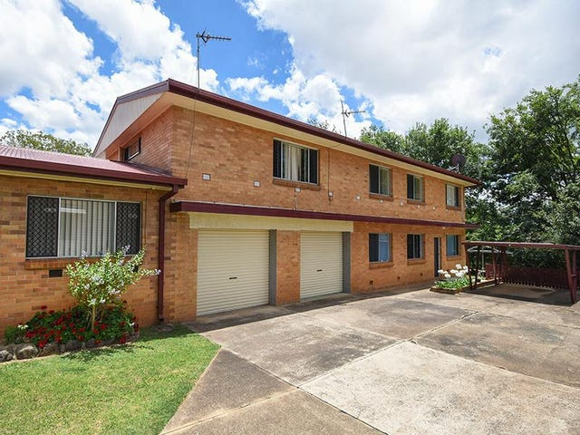 2/277a  James Street, Newtown, Qld 4350