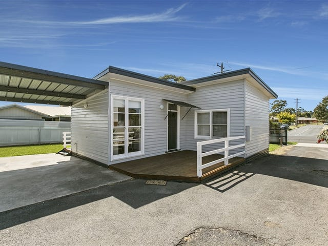 1/12 Sparrowhawk Road, California Gully, Vic 3556