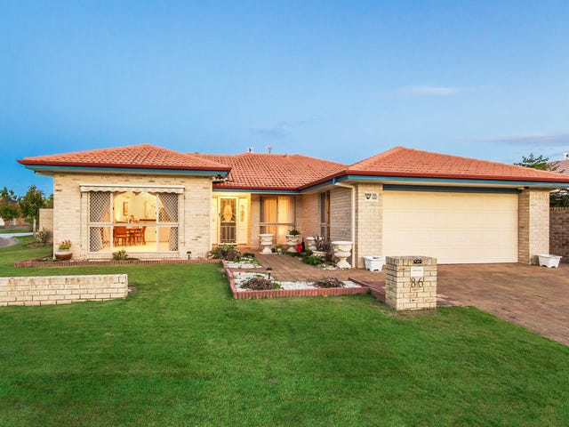 86 Martingale Circuit, Clear Island Waters, Qld 4226
