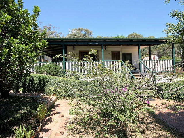 266 Foxlow Street, Captains Flat, NSW 2623