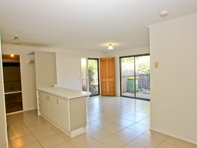 2/3 Inchcape Court, Ashmore, Qld 4214