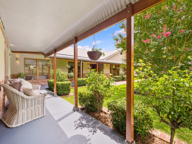 18D Florence Avenue, Kurrajong, NSW 2758