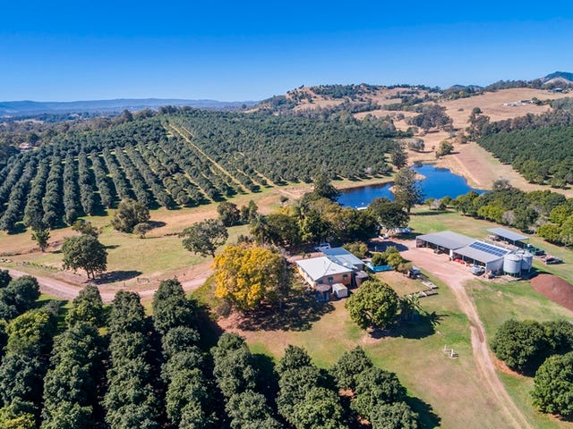 522 McIntosh Creek Road, McIntosh Creek, Qld 4570
