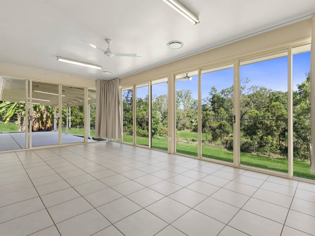 24 Trentham Place, Samford Village, Qld 4520